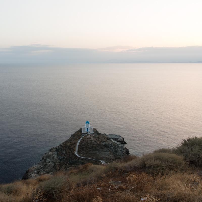 honeymoon-in-sifnos-featured-800×800